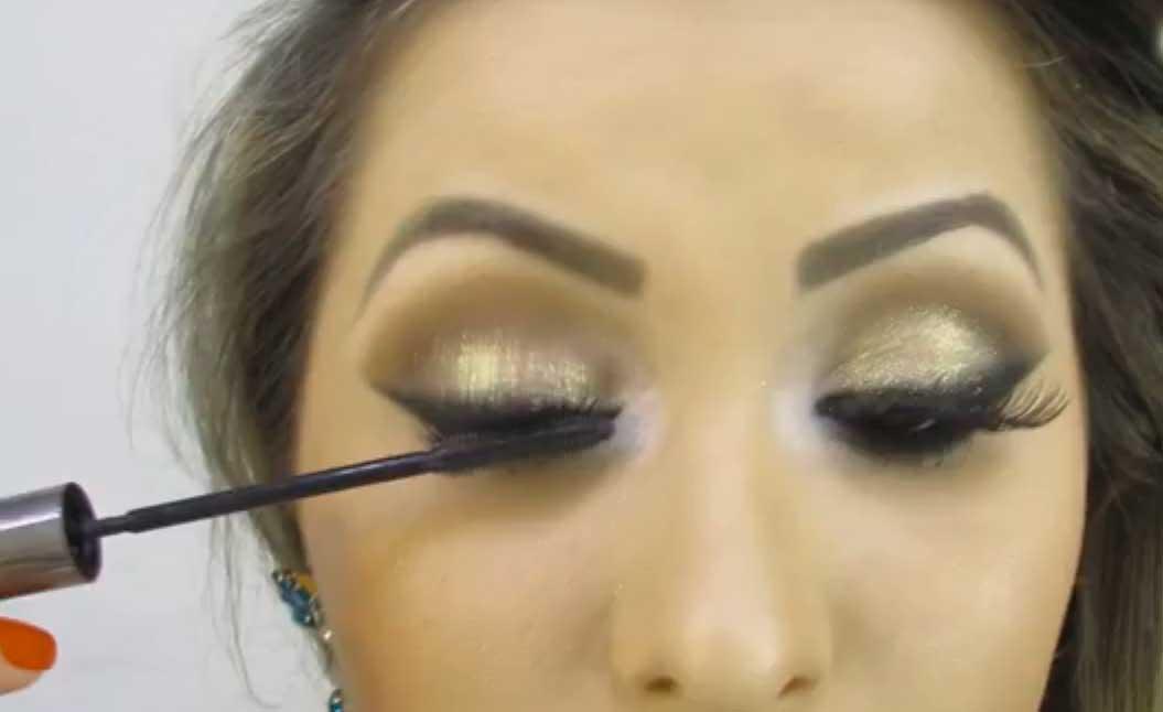 aprenda-a-fazer-maquiagem-cat-eye.jpg - Enviado em: 25/05/2014