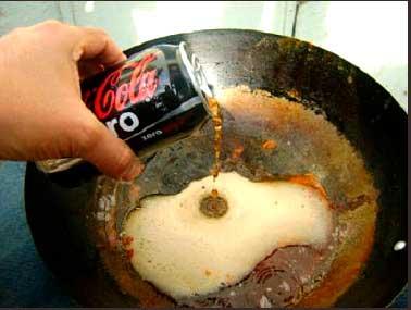 5 utilidades da Coca Cola no dia-a-dia da dona de casa