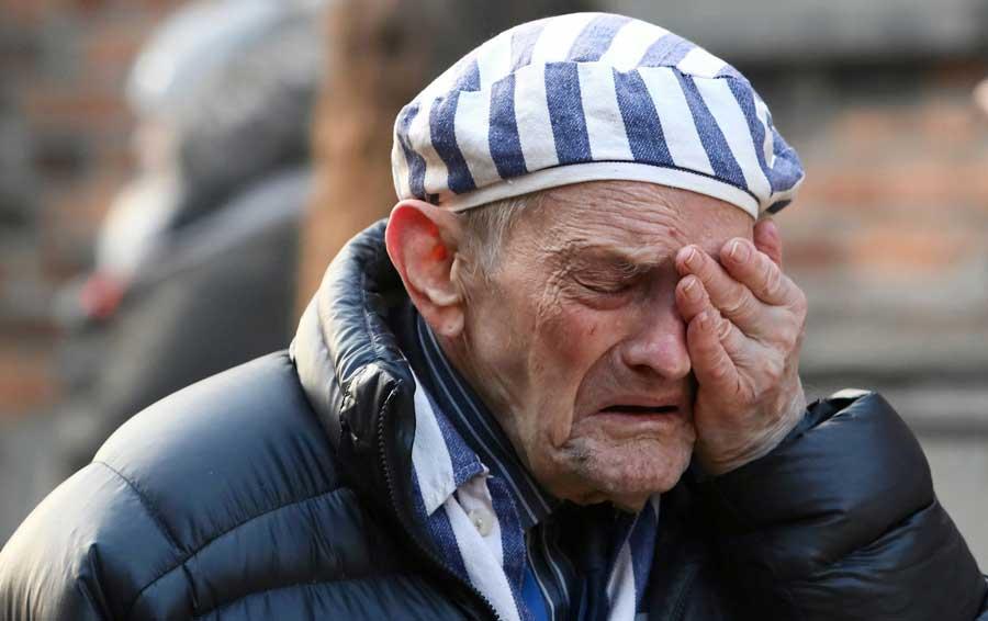 Sobreviventes retornam a Auschwitz 75 anos após libertação