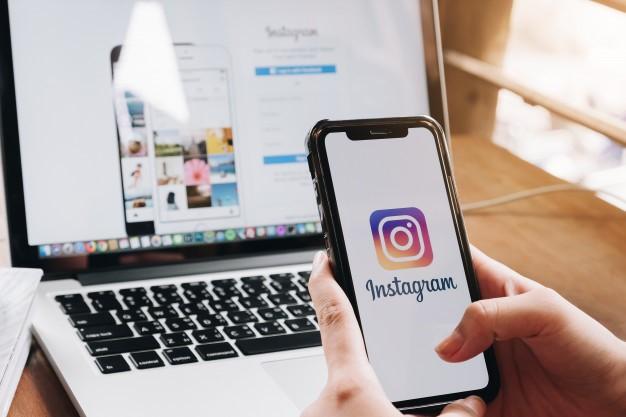 """Fim da função """"arrastar e soltar"""" no Stories do Instagram"""