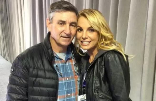 FBI investiga pai de Britney Spears após denúncias
